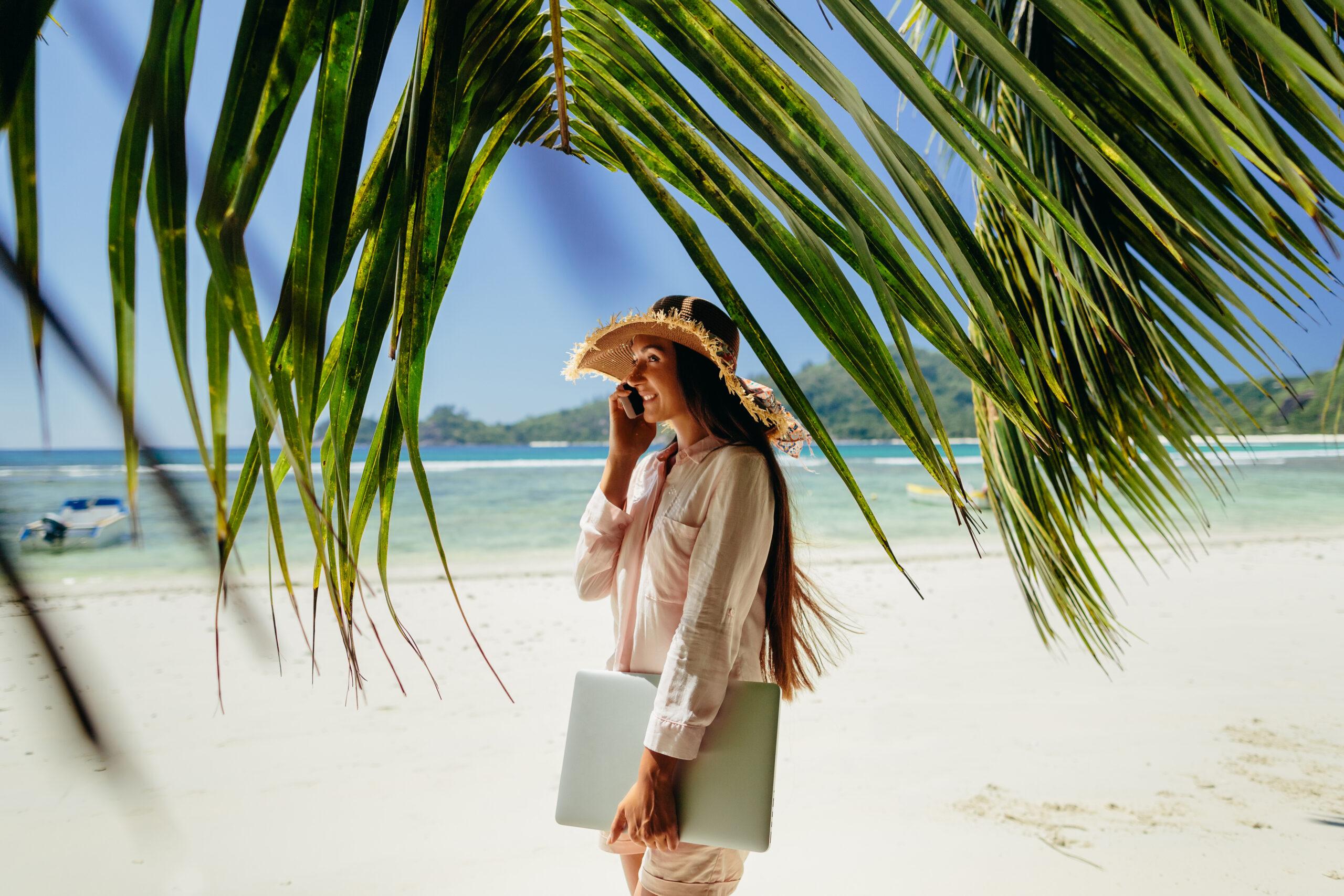 Store you belongings as a digital nomad